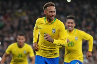 En fotos: Neymar y el polémico penal con el que Brasil superó a Uruguay en Londres