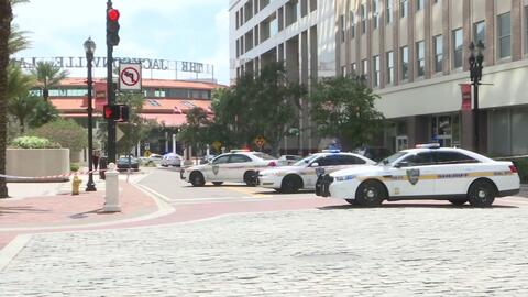 Tiroteo masivo deja múltiples muertos durante torneo de videojuegos Madden en Jacksonville