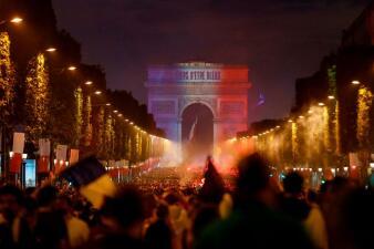 En fotos: Así se pintó Paris tras el título de Francia en Rusia 2018