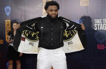 Así llegaron las futuras estrellas de la NFL al Draft 2019 en la alfombra roja