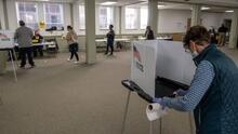 Algunos residentes de Michigan recibieron llamadas automatizadas en las que les decían que podían votar el miércoles