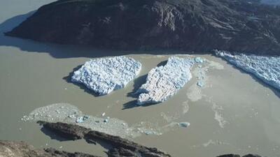 La impresionante ruptura de unos gigantescos icebergs en la Patagonia levanta alertas entre los científicos