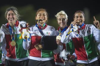 En fotos: así fue la fiesta de México que tuvo cinco minutos de inspiración para ser campeonas