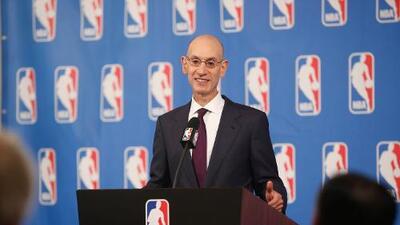 ¿Ya no quieren a Goodell? Comisionado de la NBA habría rechazado cargo en la NFL