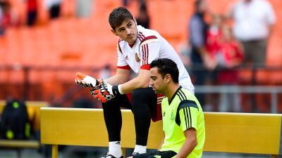Xavi Hernández le dedica emotiva carta a Iker Casillas