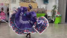 Las celebraciones por el Cinco de Mayo no son las de antaño, y los bailarines folclóricos son quienes más lo sienten