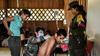 Del monte a la sala de operaciones: los médicos de las FARC quieren pasar consulta