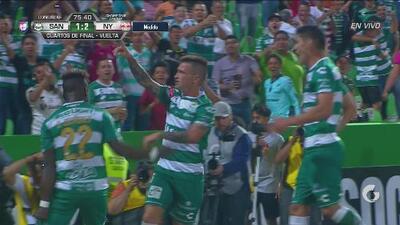 Brian Lozano anota el empate de Santos que le daría el pase