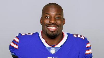 Vontae Davis, de los Bills, se retira de la NFL al medio tiempo del partido ante Chargers