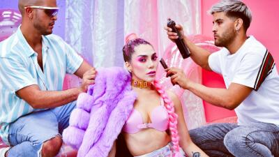 Frida Sofía detrás de cámaras: así se preparó para su sesión de fotos