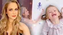 Con un mini mural, la mamá de Ingrid Martz cautivó a Martina más que con cualquier juguete