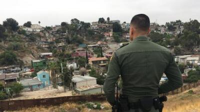 Cárcel Para Los Coyotes El Otro Muro Que Reduce Los Cruces Ilegales En La Frontera Univision 34 Los Angeles Kmex Univision