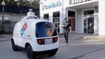 Contratan a robots para entregar pizzas a domicilio en las calles del área de Houston