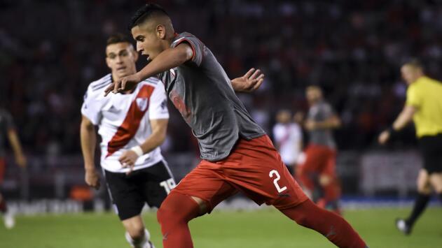 ¡El América no para! En la mira joven defensa de Independiente