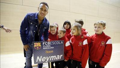 El Club Barcelona abrirá una escuela de fútbol en Chicago