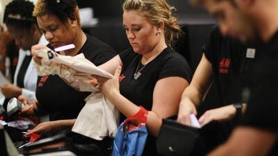17 millones de trabajadores recibirán un aumento en su sueldo en 21 estados del país