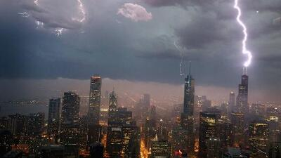 Posibilidades de tormentas severas para esta tarde de viernes en Chicago