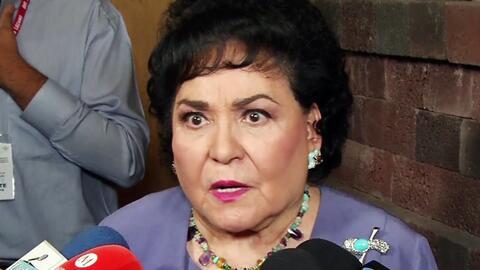 Así reaccionó Carmen Salinas cuando le preguntaron sobre el pleito entre Laura Zapata y Cynthia Klitbo