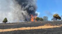 Incendio Intanko quema una casa, un auto y varias estructuras