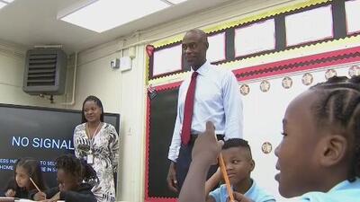 Más de 270,000 estudiantes del condado de Broward regresaron a clases para un nuevo año escolar