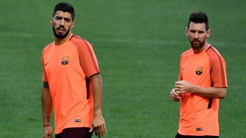 Este video los delata: Messi y Suárez llegaron tarde al entrenamiento del Barcelona