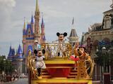 Vendedor de boletos de Disney World se convierte en héroe al ayudar a una víctima de violencia doméstica