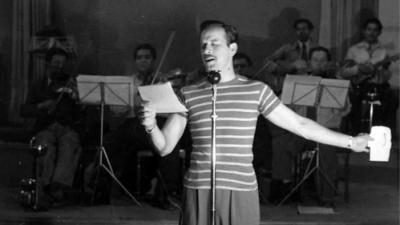Le canta una canción de Pedro Infante y su abuelo con demencia recuerda la letra: el conmovedor video se hace viral