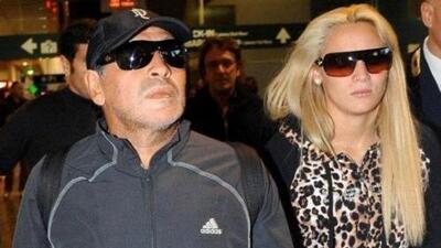 Maradona le dedica una canción a Rocío Oliva