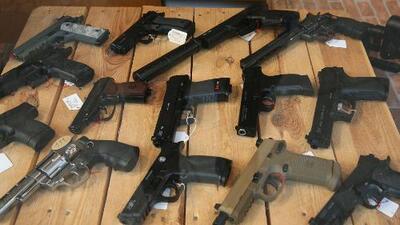 Autoridades de Nueva York impulsan medidas de regulación a la venta y uso de armas