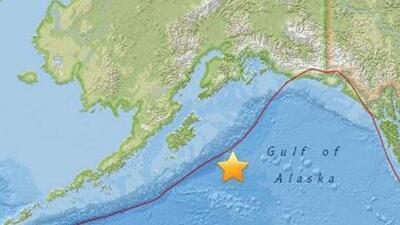 Cancelan alerta de tsunami tras fuerte terremoto de 7.9 en Alaska