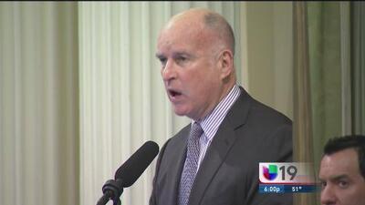 Jerry Brown defenderá los derechos de los inmigrantes