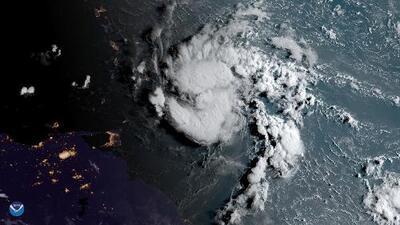 Dorian se dirige hacia Puerto Rico con un sistema de lluvias que puede causar inundaciones repentinas