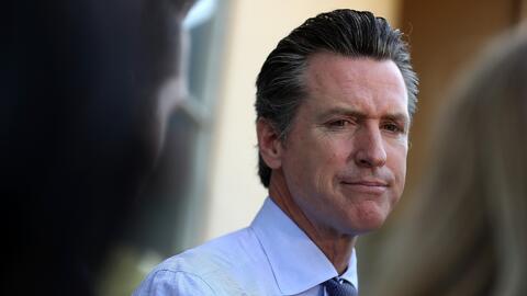 Gobernador de California se reúne con líderes centroamericanos para discutir la situación migratoria en EEUU
