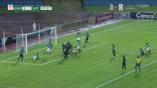 El palo le niega el empate a Marathón ante Antigua GFC