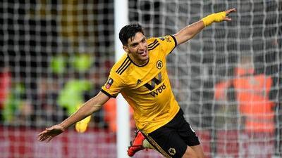 Luis Omar Tapia espera que Raúl Jiménez pase a un equipo mejor que el Wolverhampton