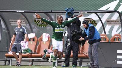 Fanendo Adi recibe su primera oportunidad en selección nacional