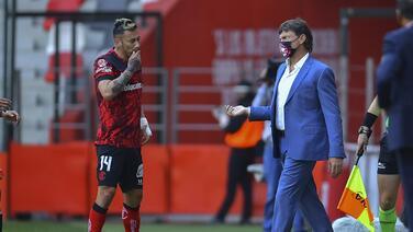 Hernán Cristante aprueba multa a jugadores indisciplinados
