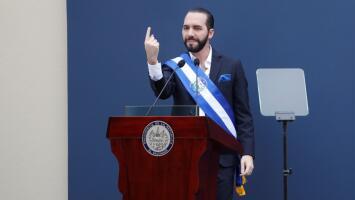 Nayib Bukele toma posesión y se convierte en el presidente más joven en la historia de El Salvador