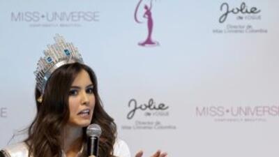 La colombiana Paulina Vega le contesta a Donald Trump