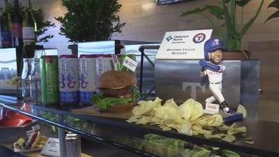 Chef mexicano cambia el menú principal para conmemorar el inicio de la temporada de los Texas Rangers