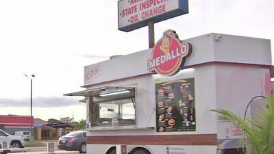 Propietarios de carros de comida denuncian ser víctimas de un asaltante en el oeste de Houston