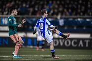 El conjunto del mexicano Edson Álvarez goleó al Heerenveen 3-1 y por diferencia de goles se instalan sobre el AZ.