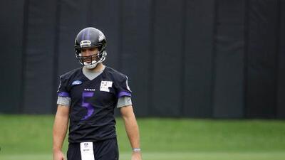 Joe Flacco, fuera entre tres y seis semanas por lesión en la espalda