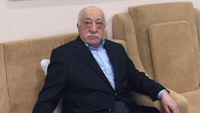 Turquía pidió a EEUU la extradición de imán que acusa de estar detrás de intento de golpe
