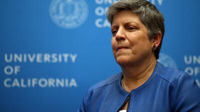 Janet Napolitano padece cáncer y está hospitalizada