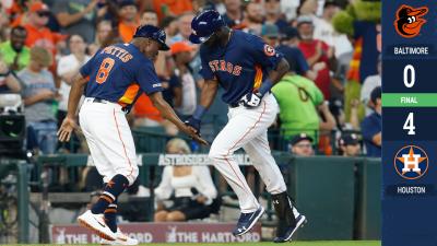 Tremendo debut de Yordan Álvarez con los Astros y los conduce a ganarle a los Orioles