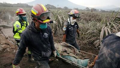 """""""Perdí la mitad de mi familia, no sé qué hacer"""": un rostro de la tragedia tras la erupción del volcán de Fuego en Guatemala"""