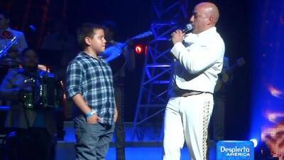 Gustavo Rivera asiste al concierto de Lupillo