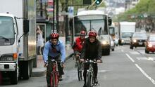 Por qué en EEUU están obsesionados con los cascos para ciclistas