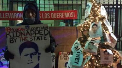 El padre de uno de los 43 estudiantes desaparecidos en Ayotzinapa hace huelga de hambre esta Navidad en Nueva York